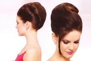 Шоколадный цвет волос, шикарная прическа ракушка