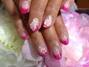 Красные ногти с рисунком, цветной френч с лепкой в виде цветов