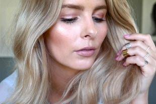 Быстрый макияж, дневной макияж c бежевыми перламутровыми тенями