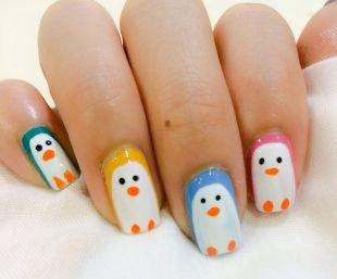 Детский маникюр, пингвинчики на ногтях