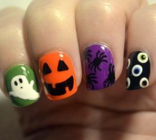 Рисунки паука на ногтях, маникюр на хэллоуин с разными рисунками