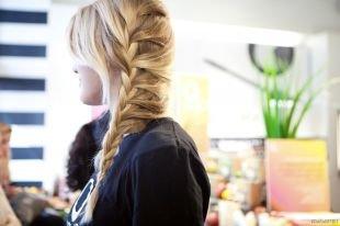 Быстрые причёски в школу, колосок набок - прически на длинные волосы