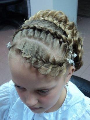 Прическа колосок на средние волосы, праздничная детская прическа с ажурными косами