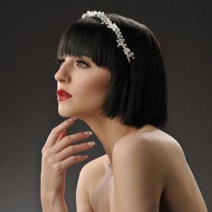 Модные короткие прически, свадебная прическа на короткие волосы с обручем
