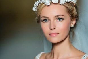 Свадебный макияж для круглого лица, свадебный макияж для голубых глаз