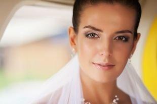 Макияж для каре-зелёных глаз, свадебный макияж для треугольного лица