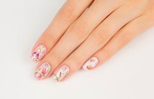 Китайская роспись ногтей, цветочный маникюр с помощью акриловых красок