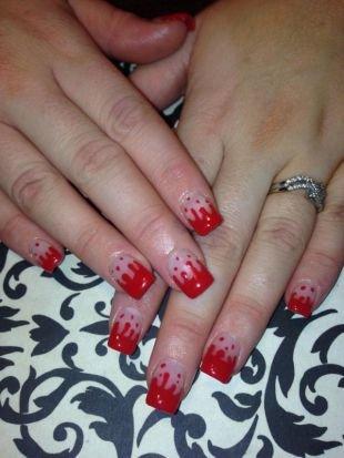 Простейшие рисунки на ногтях, маникюр на хэллоуин - капли крови