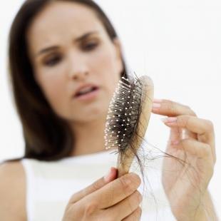 Топ-3 эффективных народных средств против выпадения волос