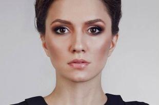 Вечерний макияж для нависшего века, контурирование круглого лица