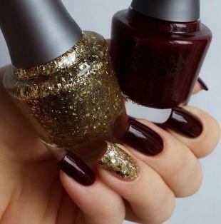 Маникюр шеллак, темно-бордовый маникюр с использованием золотого лака