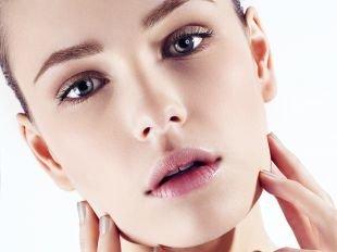 Легкий макияж для голубых глаз, макияж на 1 сентября для серых глаз