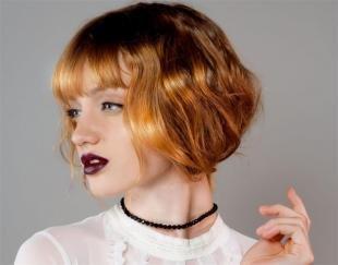 Коньячный цвет волос на средние волосы, ложное каре