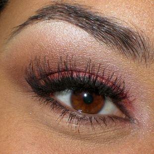 Вечерний макияж для брюнеток с карими глазами, розовый макияж для карих глаз