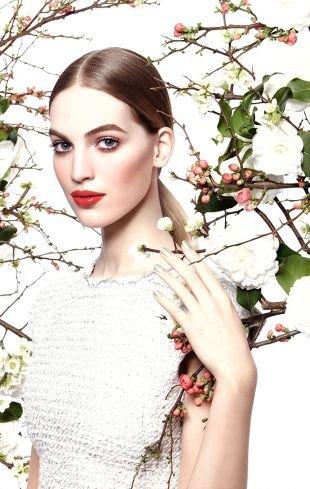 Макияж для овального лица, весенний макияж для светлой кожи