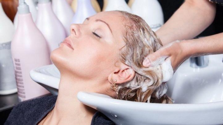 Питательная и расслабляющая ванна для волос